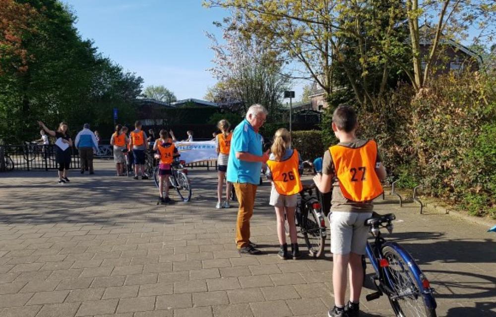 Vrijwilliger voor fietsverkeersexamen scholen